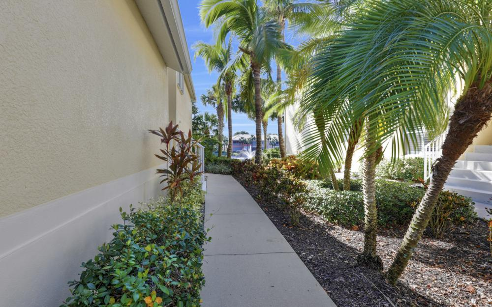 1198 Sweetwater Ln #1906, Naples - Home For Sale 1838703862