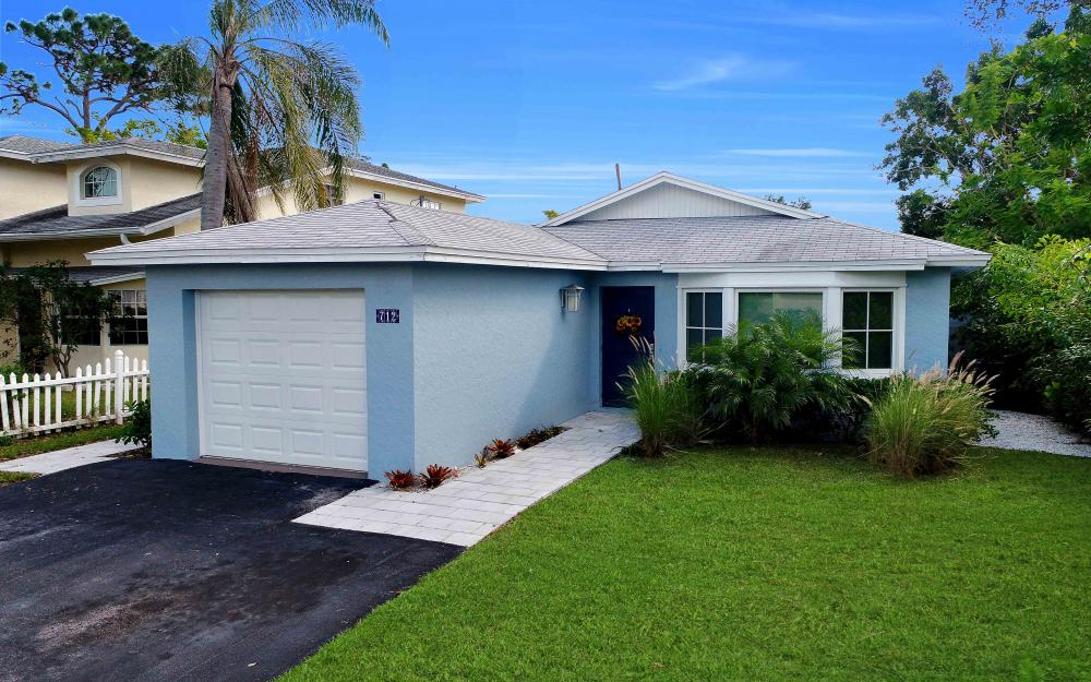712 92nd Ave N, Naples - Home For Sale 955792486