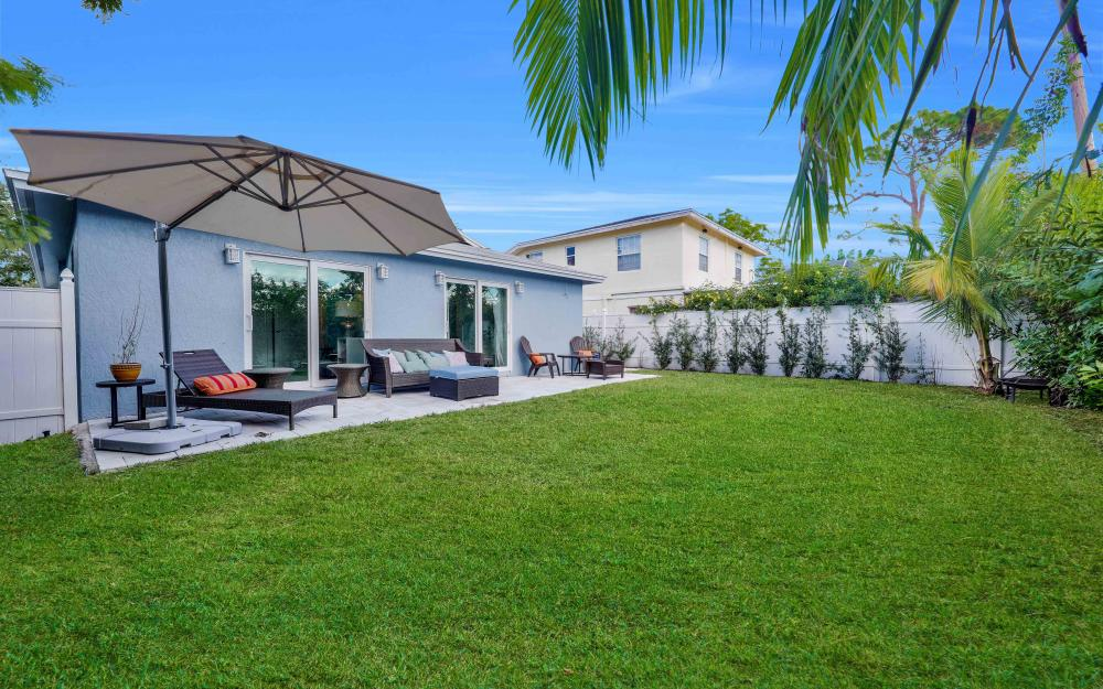 712 92nd Ave N, Naples - Home For Sale 1128827469