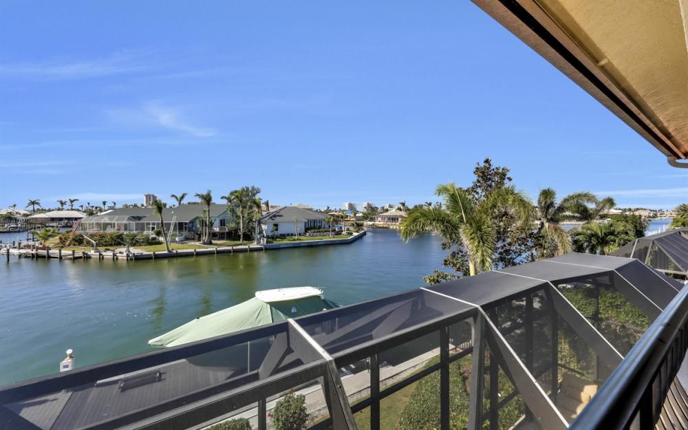 260 Edgewater Ct, Marco Island - Home For Sale 594639421
