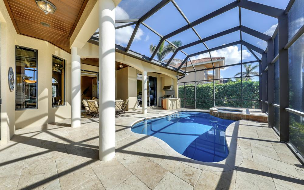 260 Edgewater Ct, Marco Island - Home For Sale 147387075