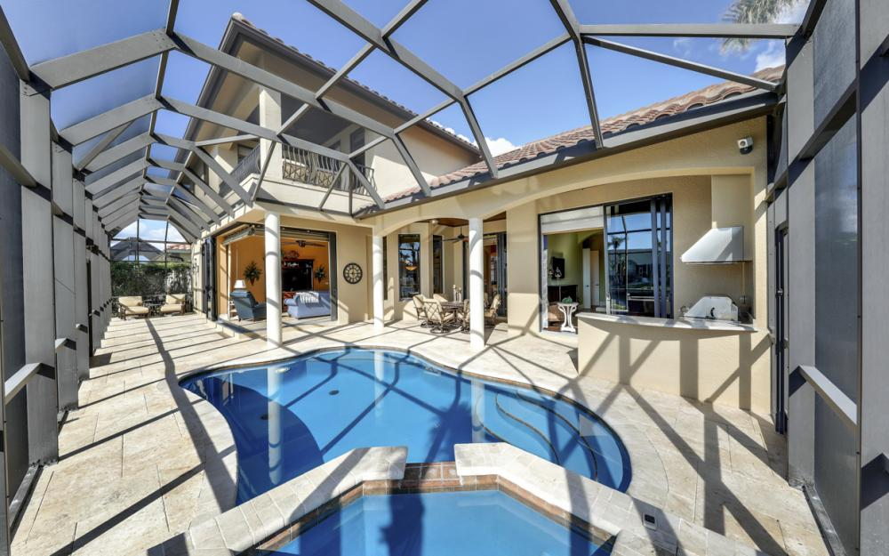 260 Edgewater Ct, Marco Island - Home For Sale 436911532