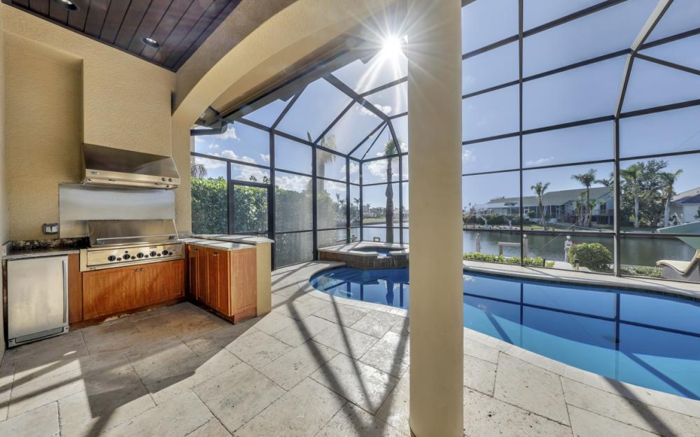 260 Edgewater Ct, Marco Island - Home For Sale 1765992213
