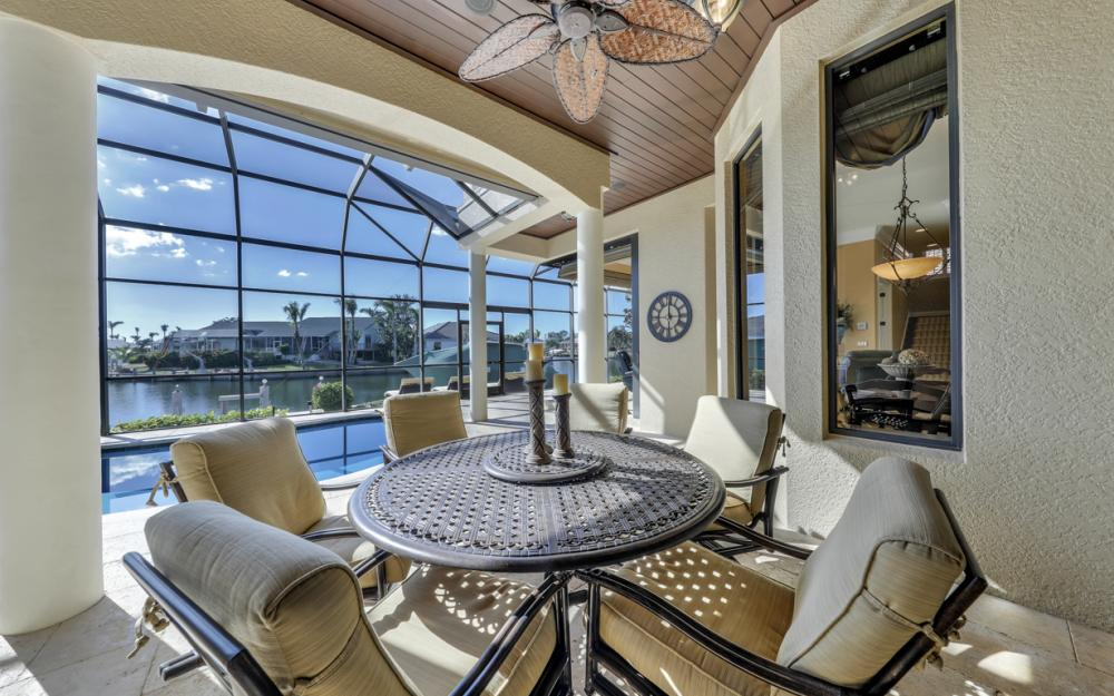 260 Edgewater Ct, Marco Island - Home For Sale 7123614