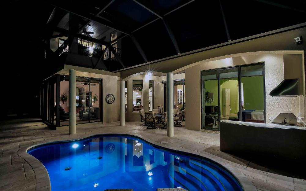 260 Edgewater Ct, Marco Island - Home For Sale 135076849