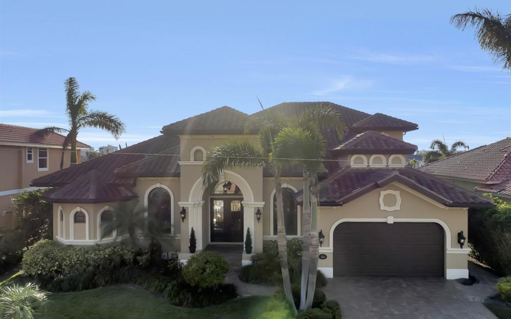260 Edgewater Ct, Marco Island - Home For Sale 2088882551