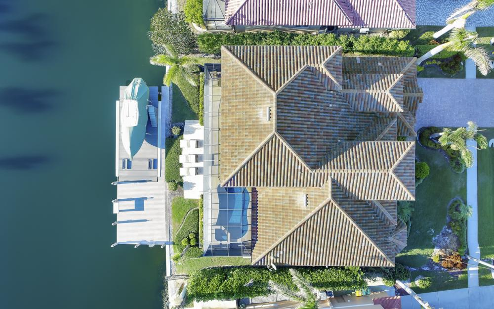260 Edgewater Ct, Marco Island - Home For Sale 1999228488