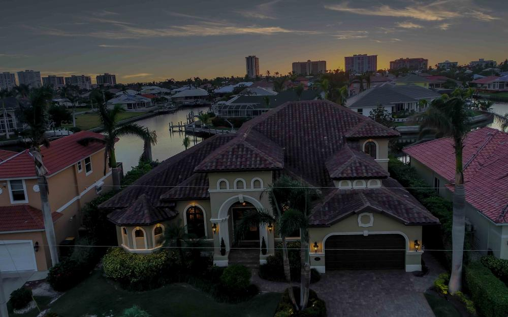 260 Edgewater Ct, Marco Island - Home For Sale 1131798736