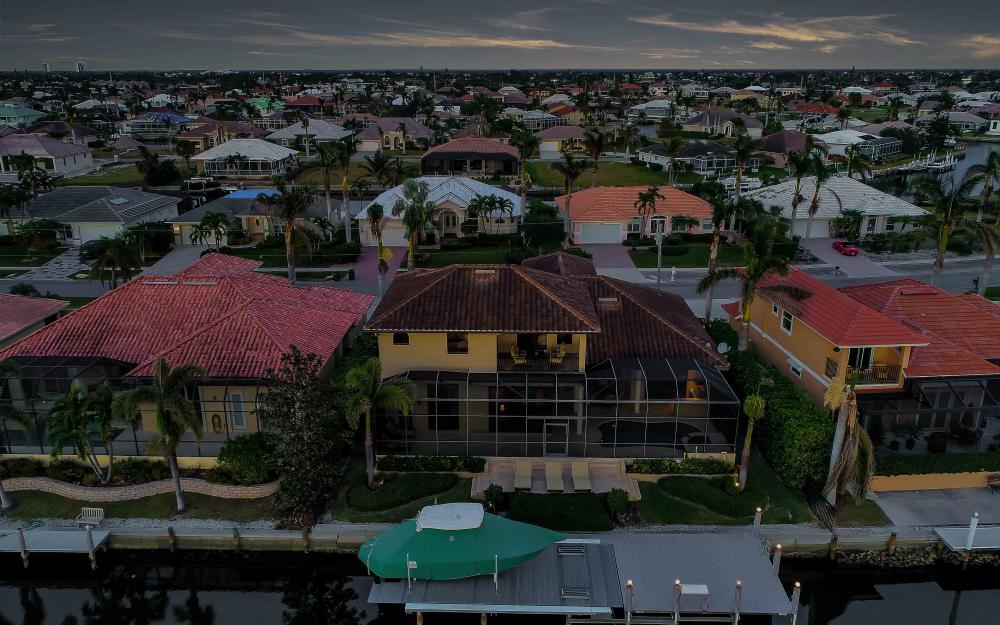 260 Edgewater Ct, Marco Island - Home For Sale 874219486