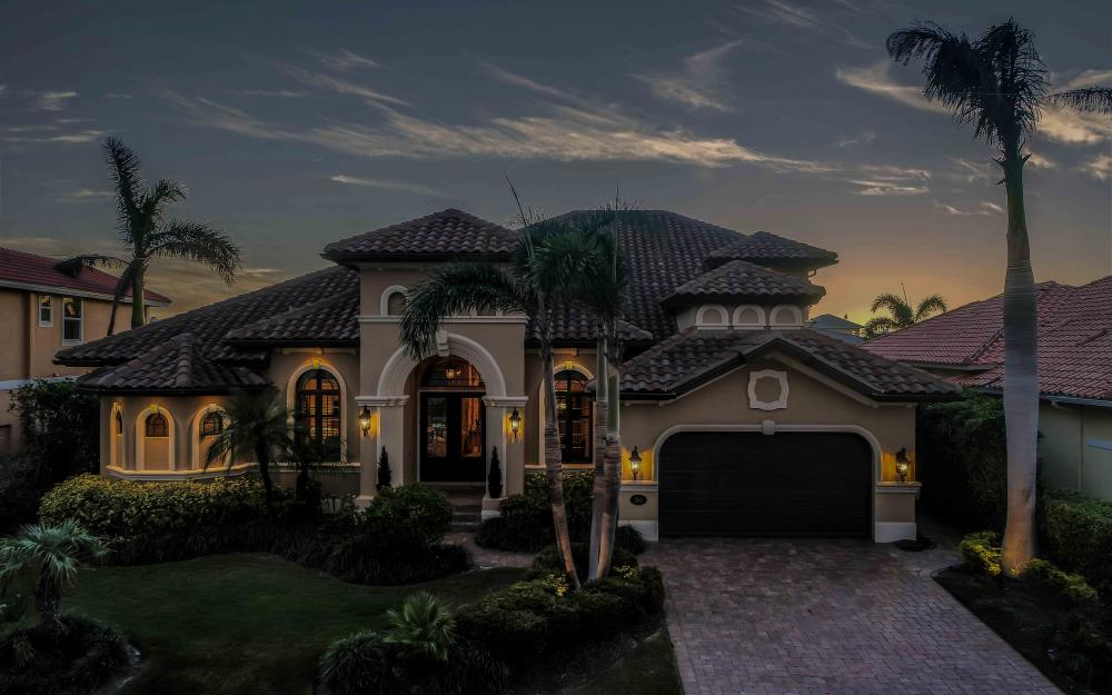 260 Edgewater Ct, Marco Island - Home For Sale 1921387979