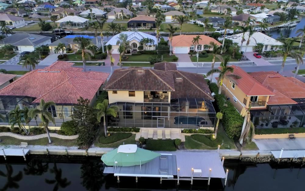 260 Edgewater Ct, Marco Island - Home For Sale 1566184697