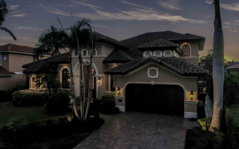 260 Edgewater Ct, Marco Island - Home For Sale 633558244