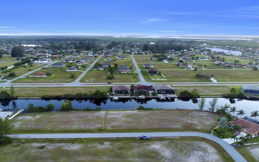 3708 NW 1st St, Cape Coral - Lot For Sale 1914454509