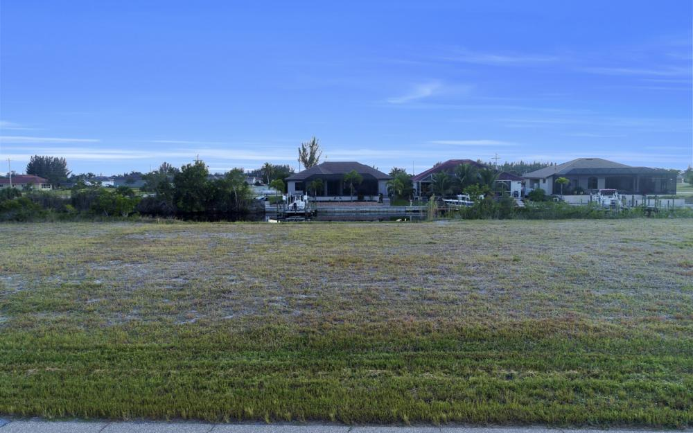 3708 NW 1st St, Cape Coral - Lot For Sale 460868701