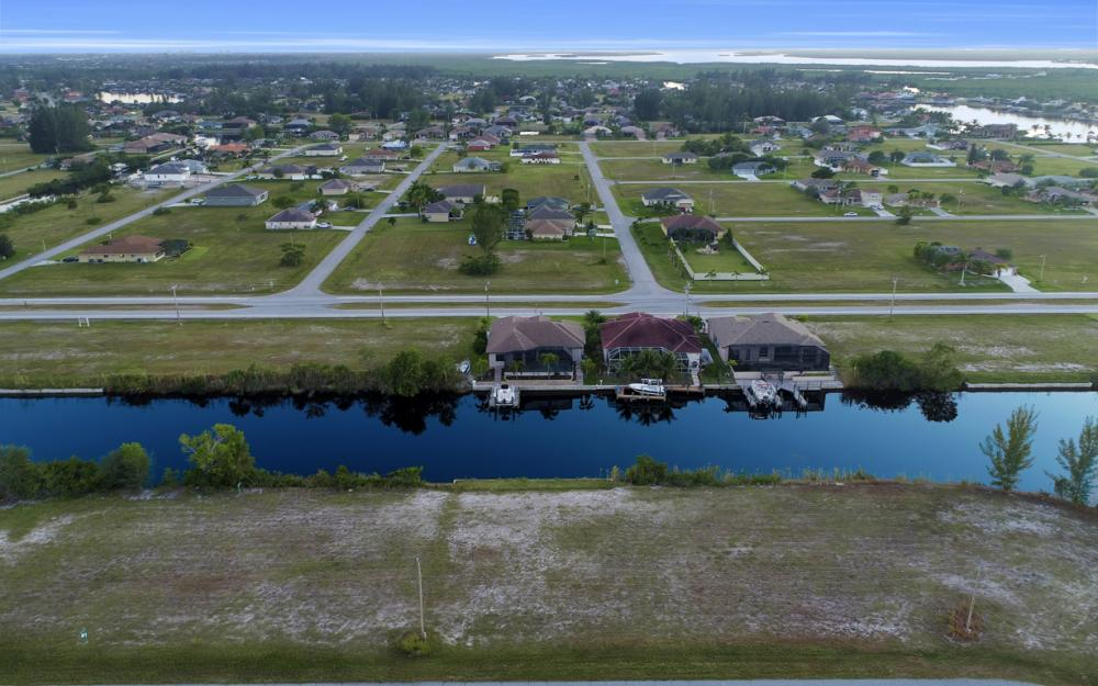 3708 NW 1st St, Cape Coral - Lot For Sale 1879855614