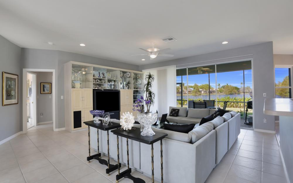 8969 Cypress Preserve Pl, Fort Myers - Home For Sale 1096709185