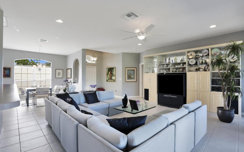 8969 Cypress Preserve Pl, Fort Myers - Home For Sale 1152895797