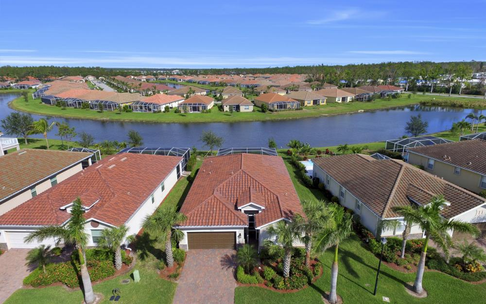14653 Fern Lake Ct, Naples - Home For Sale 471073362