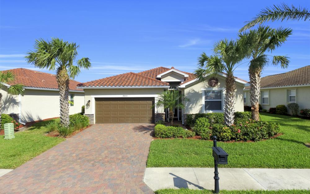14653 Fern Lake Ct, Naples - Home For Sale 1107326720