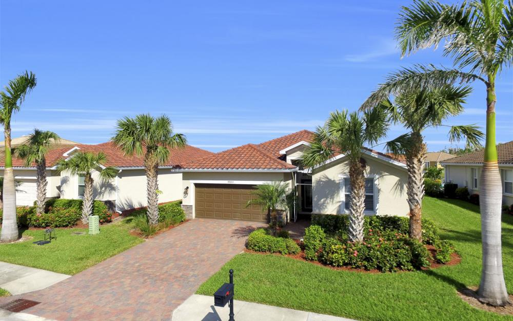 14653 Fern Lake Ct, Naples - Home For Sale 341073126