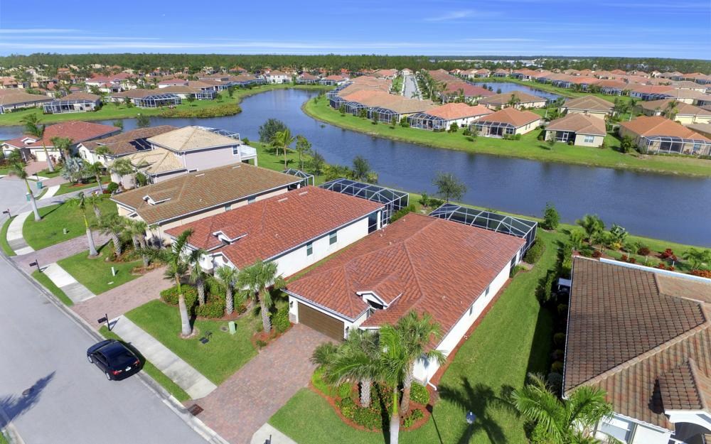 14653 Fern Lake Ct, Naples - Home For Sale 855219741