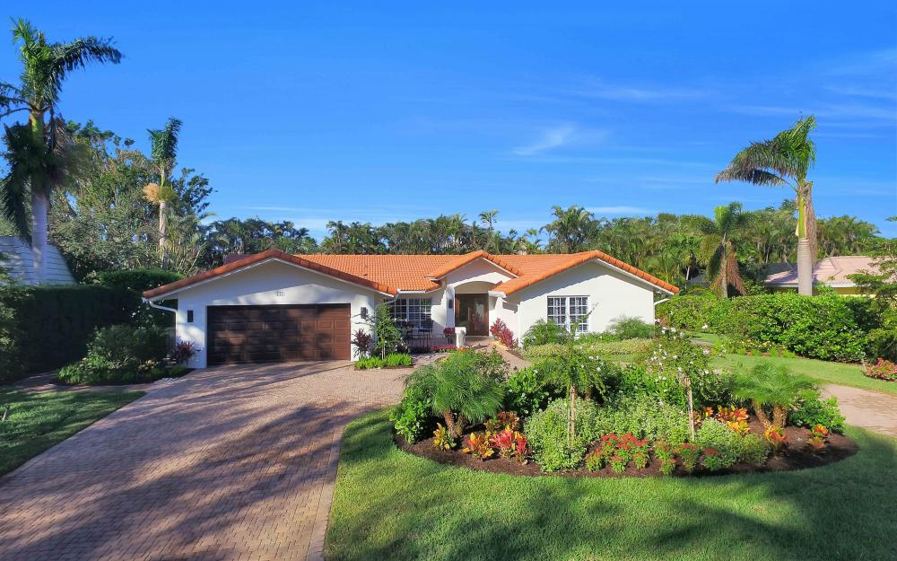 721 Willowhead Dr, Naples - Home For Sale 1914013759