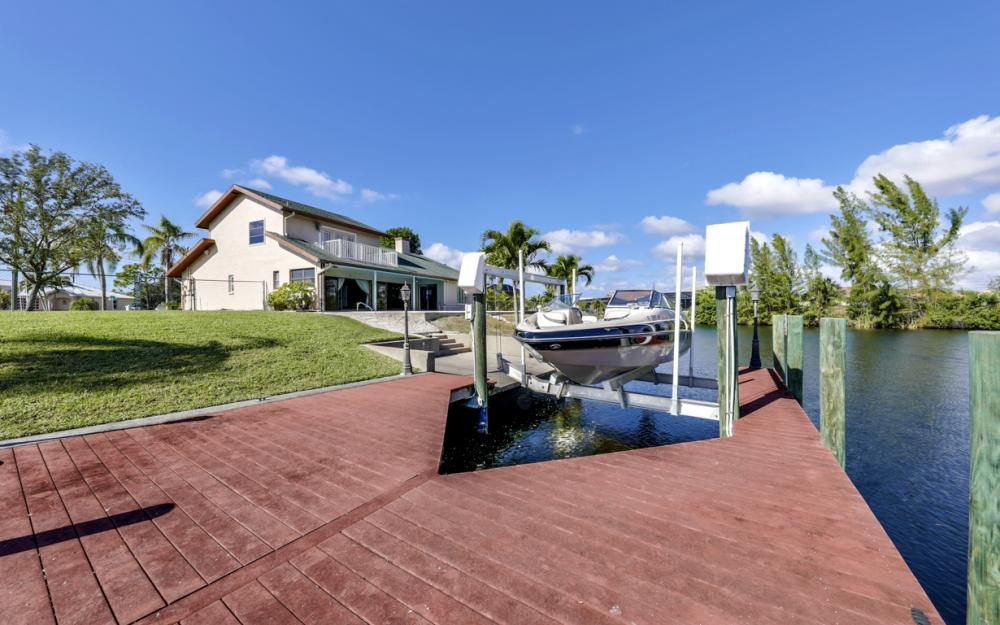 1717 SW 41st St, Cape Coral - Home For Sale 1759729516