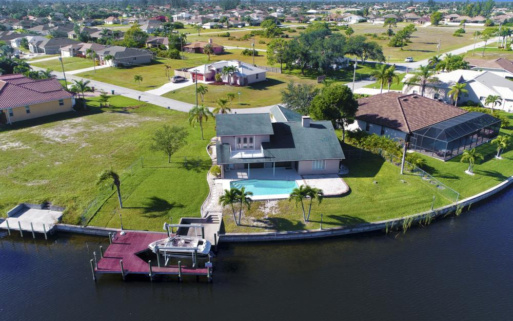 1717 SW 41st St, Cape Coral - Home For Sale 1600046873