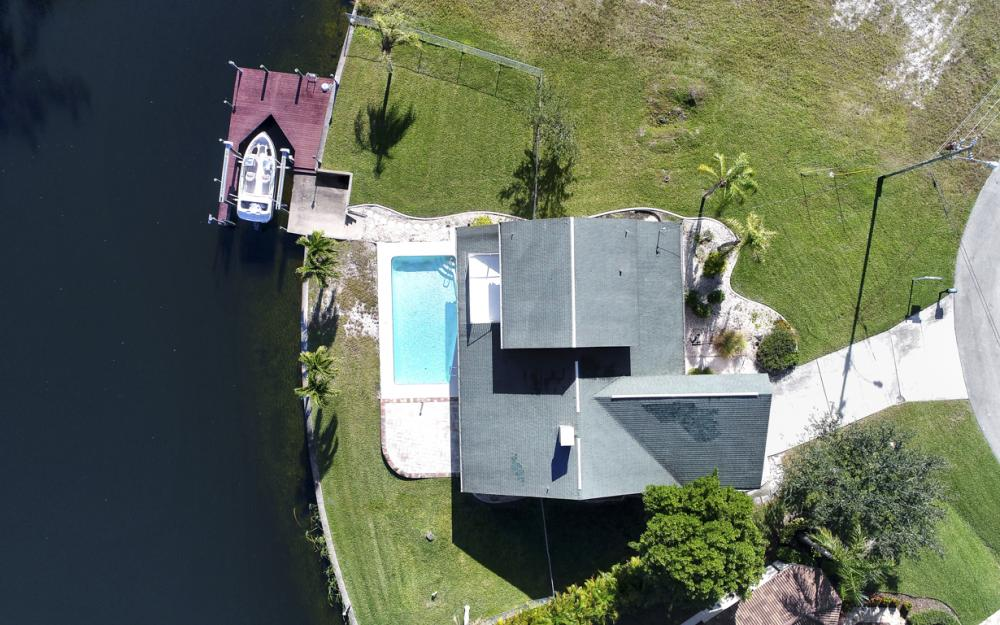 1717 SW 41st St, Cape Coral - Home For Sale 2140796227