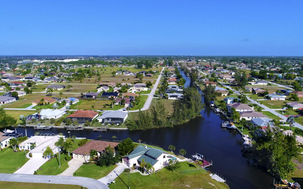 1717 SW 41st St, Cape Coral - Home For Sale 1139994783