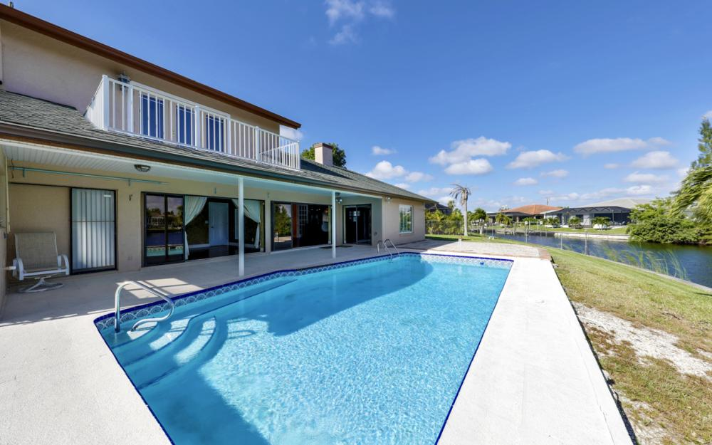 1717 SW 41st St, Cape Coral - Home For Sale 589783124