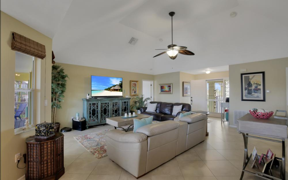 4865 Regal Dr, Bonita Springs - Home For Sale 1478683223