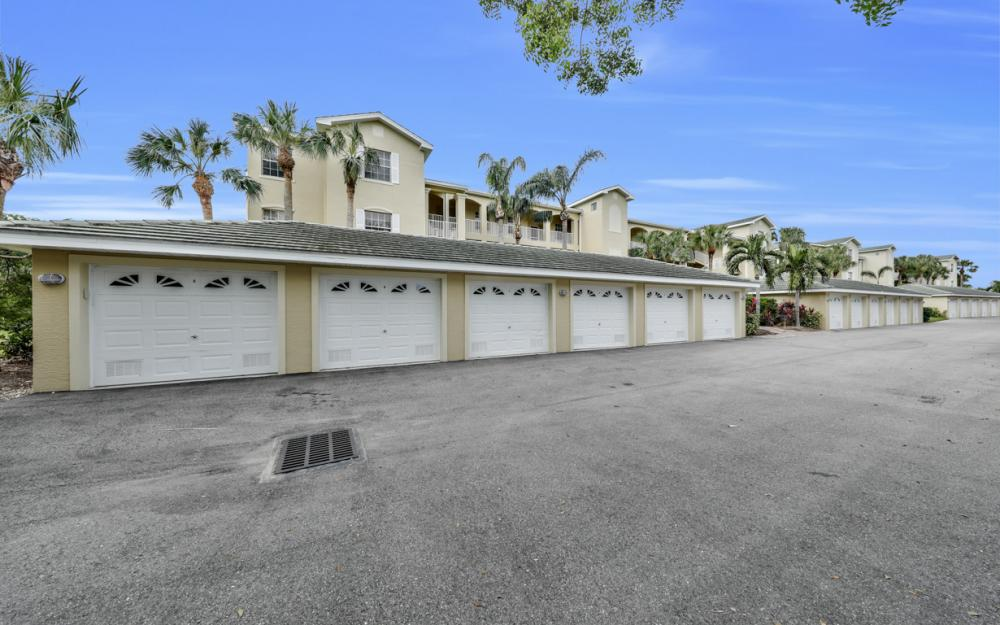 3431 Pointe Creek Ct #202, Bonita Springs - Home For Sale 543347733