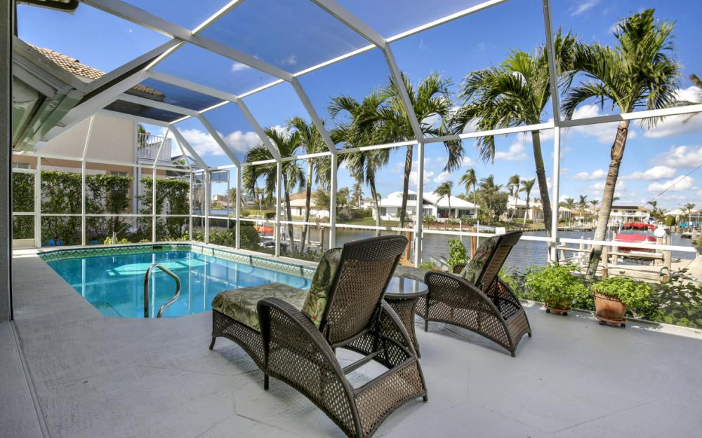1050 Coronado Ct, Marco Island - Home For Sale 94710654