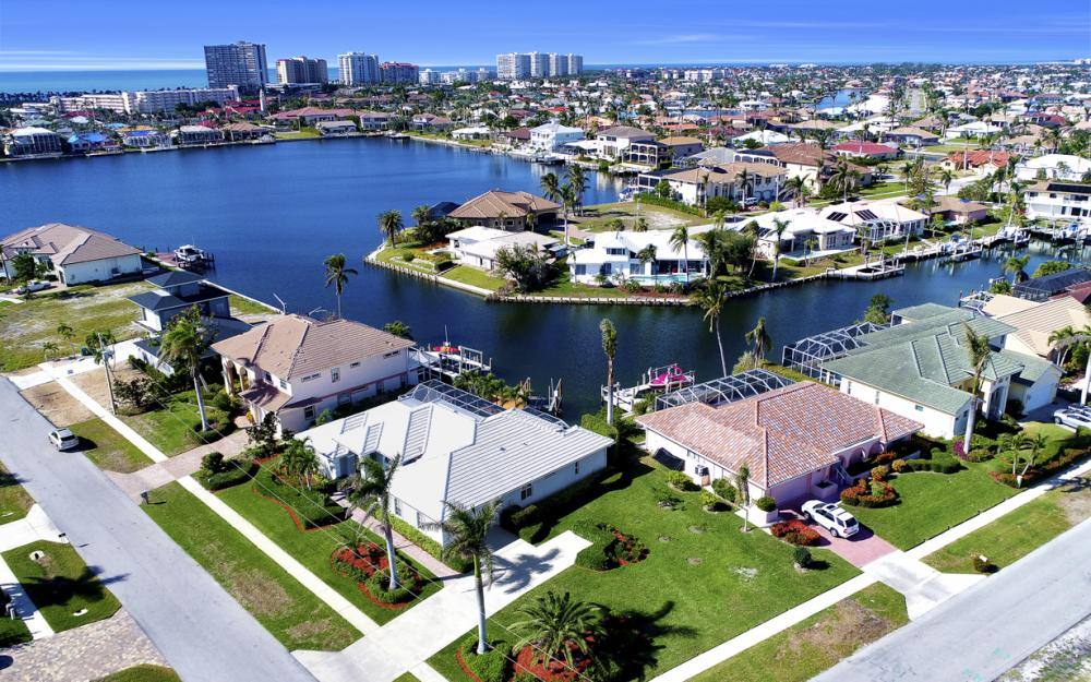 1050 Coronado Ct, Marco Island - Home For Sale 424315766