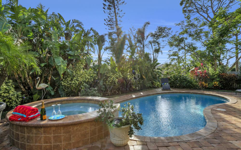664 106th Ave N, Naples - Home For Sale 1339189679