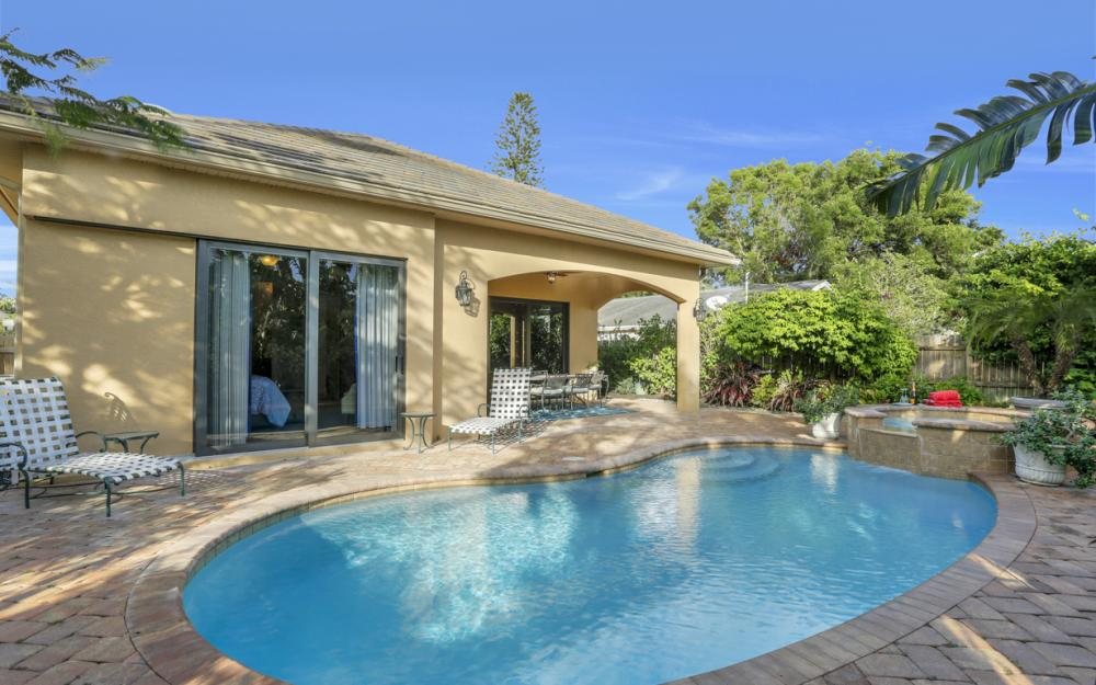 664 106th Ave N, Naples - Home For Sale 290619312