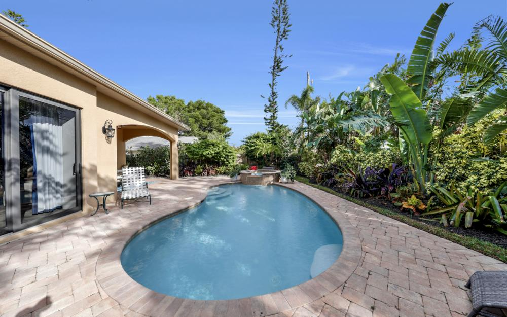664 106th Ave N, Naples - Home For Sale 687974704