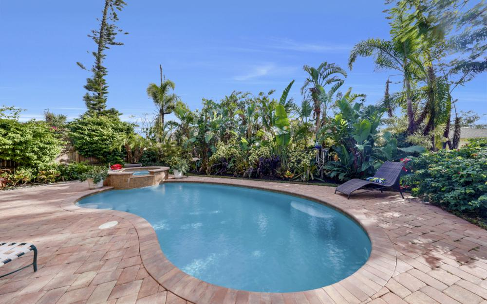 664 106th Ave N, Naples - Home For Sale 594167926