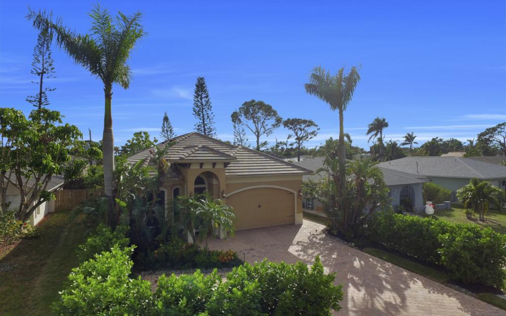664 106th Ave N, Naples - Home For Sale 1476095219