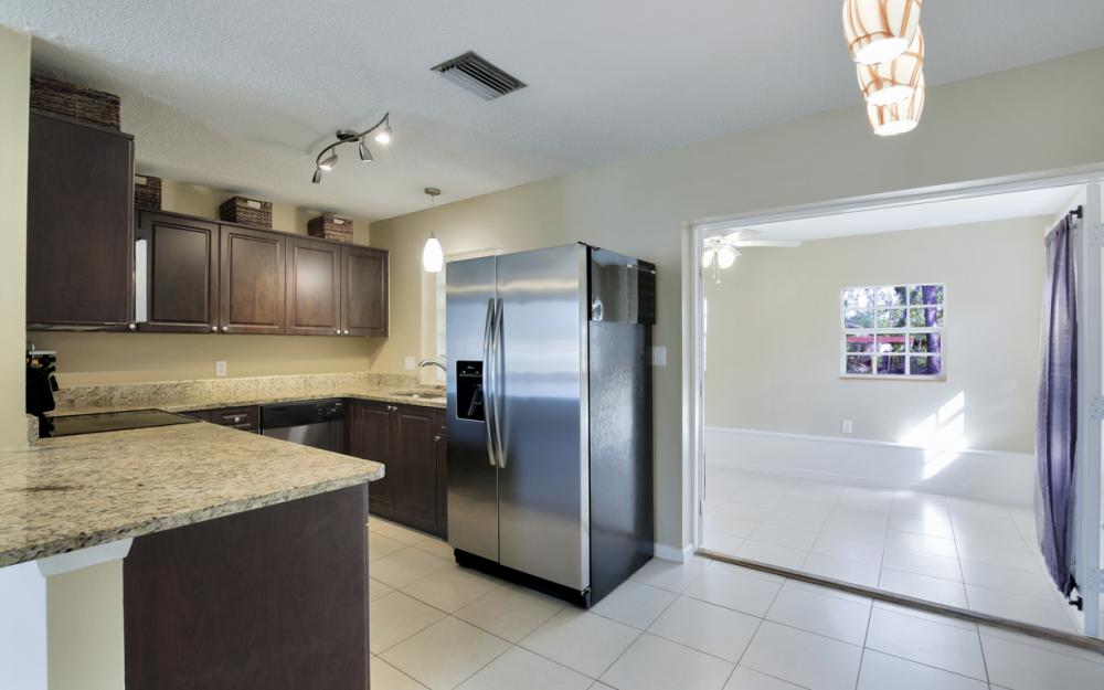 19105 Murcott Dr W, Fort Myers - Home For Sale 705119820