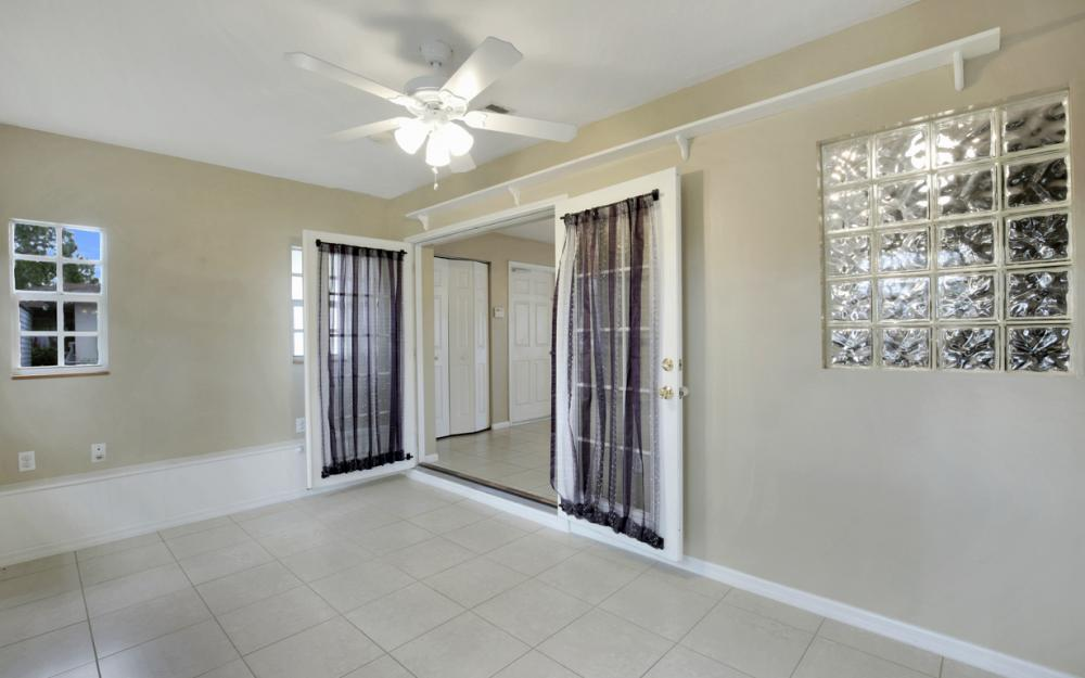 19105 Murcott Dr W, Fort Myers - Home For Sale 1824114463