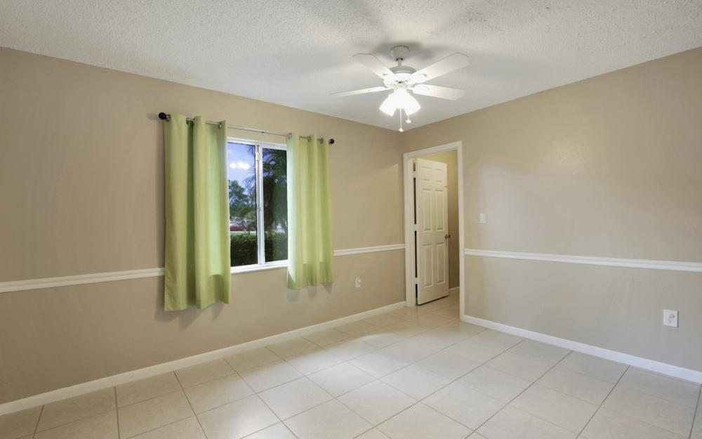 19105 Murcott Dr W, Fort Myers - Home For Sale 460412079