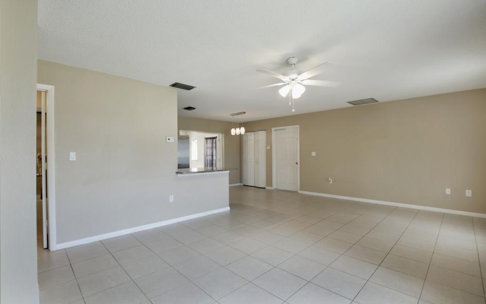 19105 Murcott Dr W, Fort Myers - Home For Sale 654374523