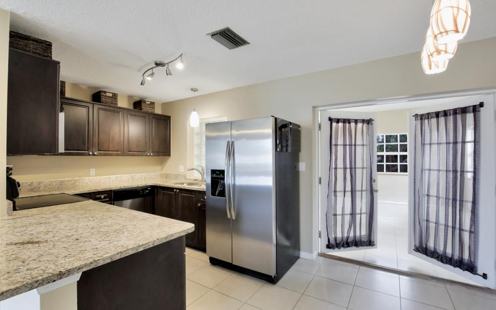 19105 Murcott Dr W, Fort Myers - Home For Sale 209350328