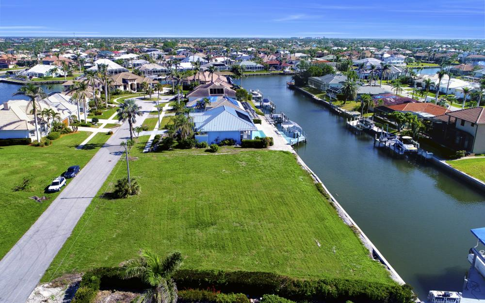 1065 Dill Ct, Marco Island - Lot For Sale 342635003
