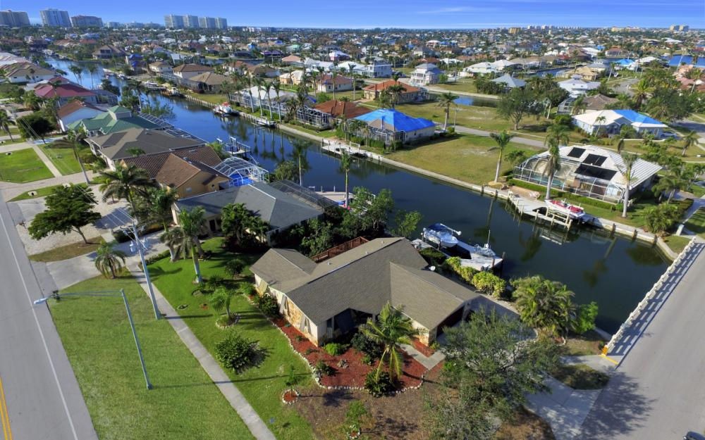 10 S. Seas Ct, Marco Island - Home For Sale 136101365