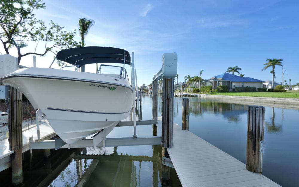 10 S. Seas Ct, Marco Island - Home For Sale 301207570