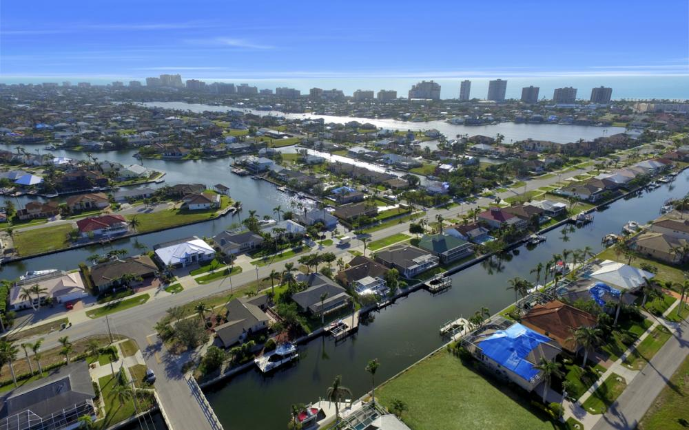 10 S. Seas Ct, Marco Island - Home For Sale 1835777581