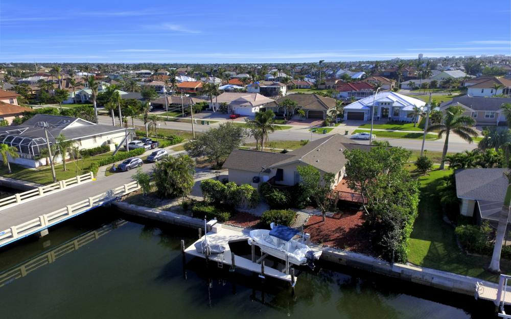 10 S. Seas Ct, Marco Island - Home For Sale 2089506099